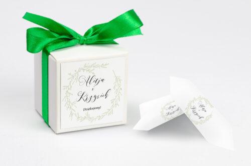 Ozdobne pudełeczko z personalizacją zaproszenia eco z koronkowym kółeczkiem – Wianuszek