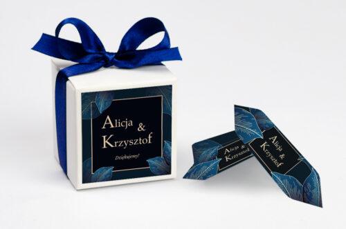 personalizowane pudełeczko na krówki geometryczne nowoczesne niebieskie listki