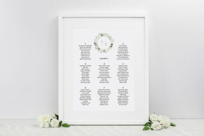 plan-stolow-weselnych-pionowe-ze-wstazka-biale-roze-dodatki-ramka-papier-ecruefakturowany