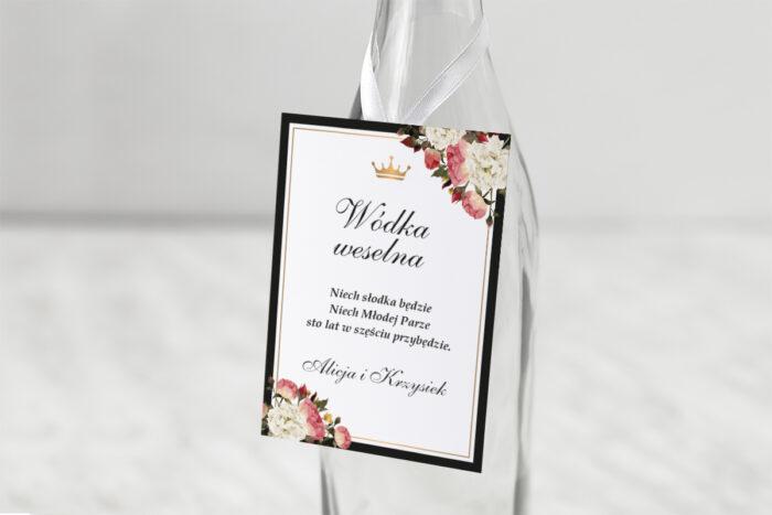 zawieszka-na-alkohol-do-zaproszenia-z-lakiem-szykowne-z-rozami-dodatki-zawieszka-papier-matowy