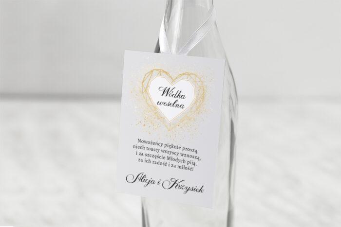 zawieszka-na-alkohol-do-zaproszenia-geometryczne-serce-zloto-biale-dodatki-zawieszka-papier-matowy
