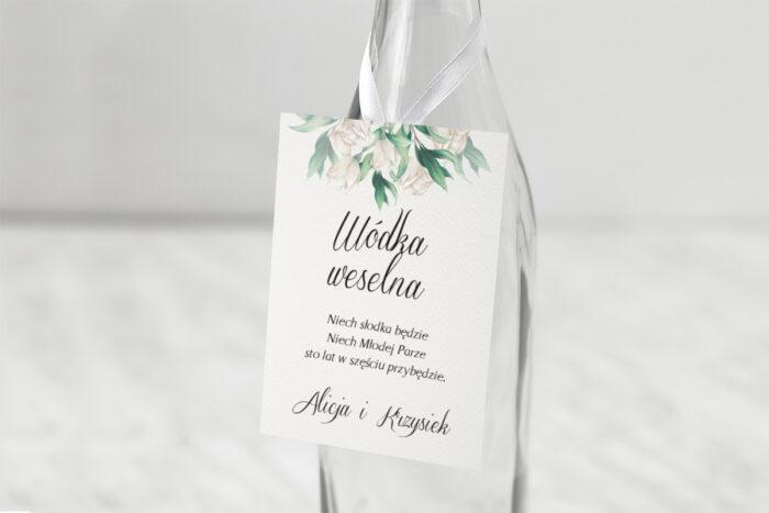 zawieszka-na-alkohol-kwiatowe-galazki-biale-roze-papier-satynowany-dodatki-zawieszka_jutowa