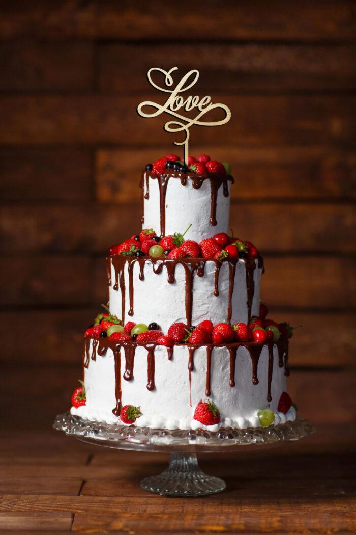topper-na-tort-weselny-z-napisem-love